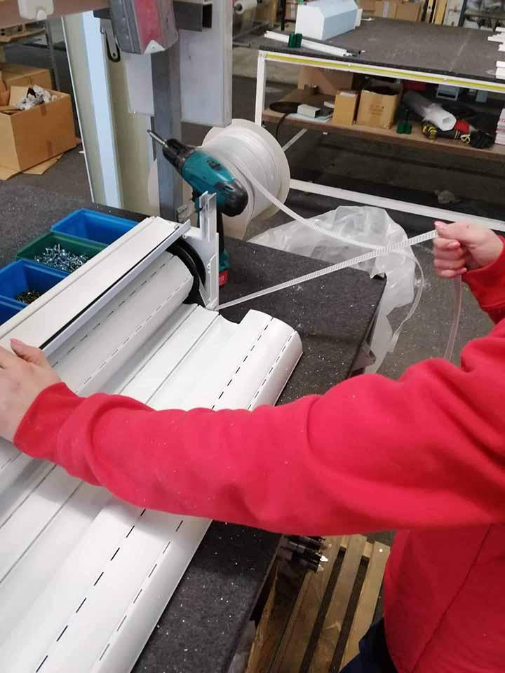 Redőnygyártás - gurtni feltekerése